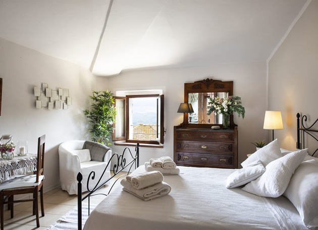 Rooms to rent near Sant'Antimo, Montalcino